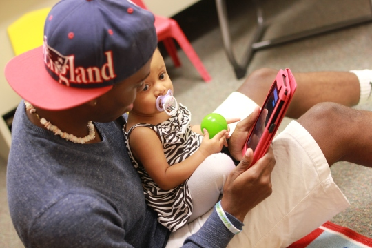 One of our VIP Dads using social media in a parenting program.